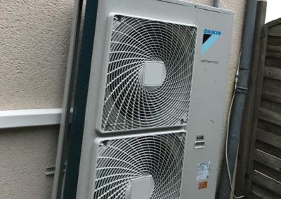 Pompe à chaleur AIREAU Daikin 16kw haute température avec Ballon Thermodynamique 270 Litres – Loire-Atlantique